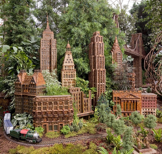 On the 7th day of Christmas… the NYBG Holiday Train Show
