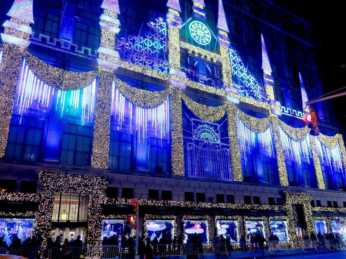 Saks 5th Ave Christmas light display
